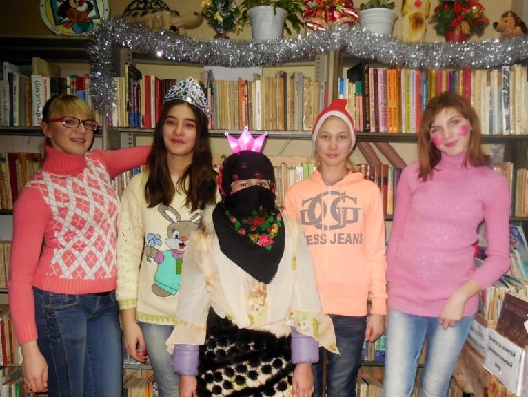 О рождественских обычаях и традициях узнали дети п. Чапаевский