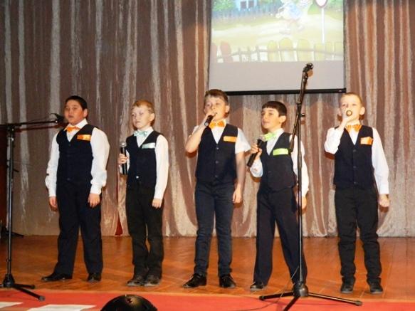 В Пугачевском районе продолжается смотр достижений народного  творчества