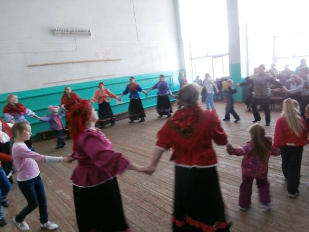 Празднование Масленицы в Пугачевском районе