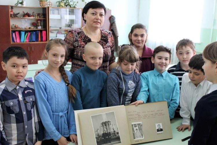 Юные пугачевцы изучают историю села