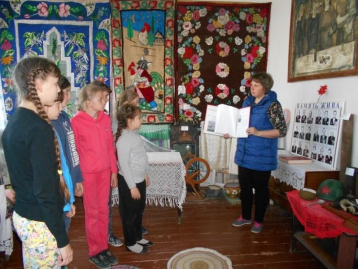 Клинцовские школьники изучают историю не только по учебникам