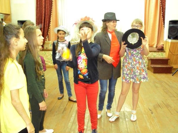 В Доме культуры п.Заволжский прошла игровая программа