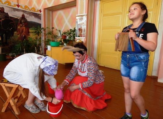 В Доме культуры п. Солянский соревновались жители двух улиц