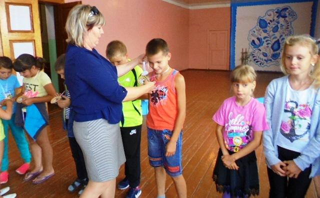 Учащиеся начальных классов села Красная Речка изучают «Азбуку дорожного движения»