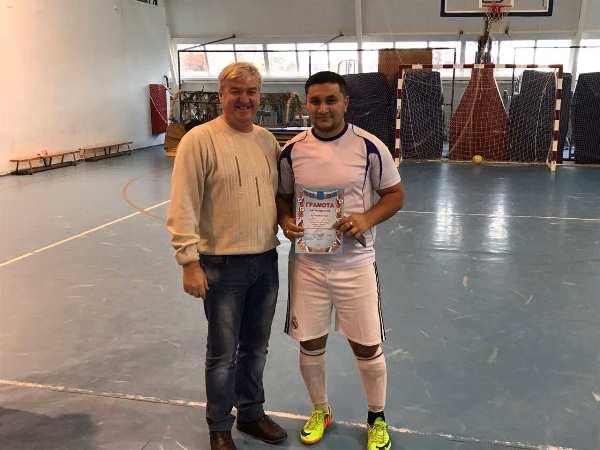 В Пугачеве состоялся межнациональный турнир   по мини-футболу