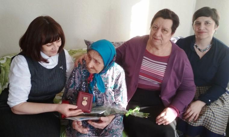 Памятные подарки для жителей блокадного Ленинграда