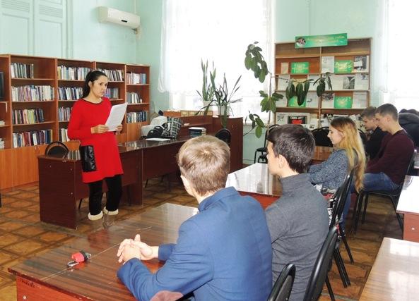 В Пугачеве проведен цикл мероприятий, приуроченных к Всемирному Дню борьбы со СПИДом