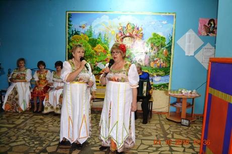 Жители с. Березово собрались за праздничным столом