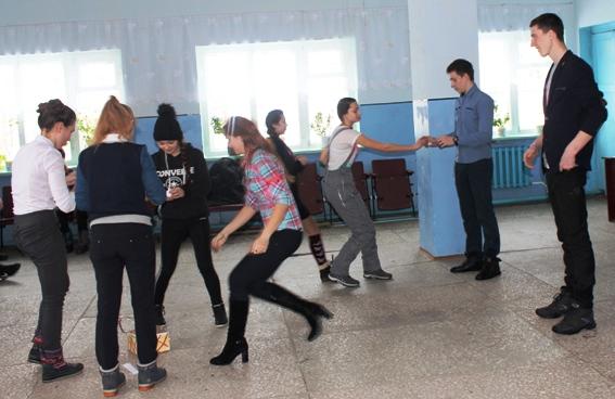 В ДК с. Рахмановка встретились будущие студенты