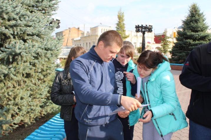В  Пугачёве прошёл первый этап областного  туристического «Культурно-познавательного  квест-тура»