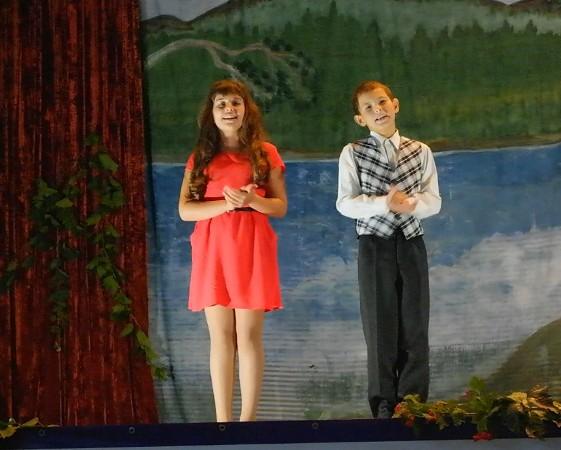 Праздничный концерт прошел в ДК п. Чапаевский