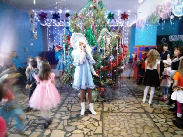 Березовские ребятишки вернули Деду Морозу валенки