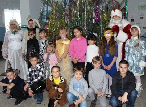 «В мастерской Деда Мороза» побывали школьники с. Рахмановка
